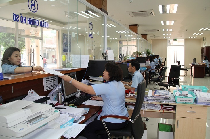 Customs clearance at Cat Lai Port - Hochiminh city