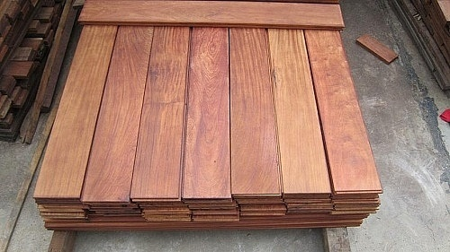 thủ tục nhập khẩu gỗ ván sàn